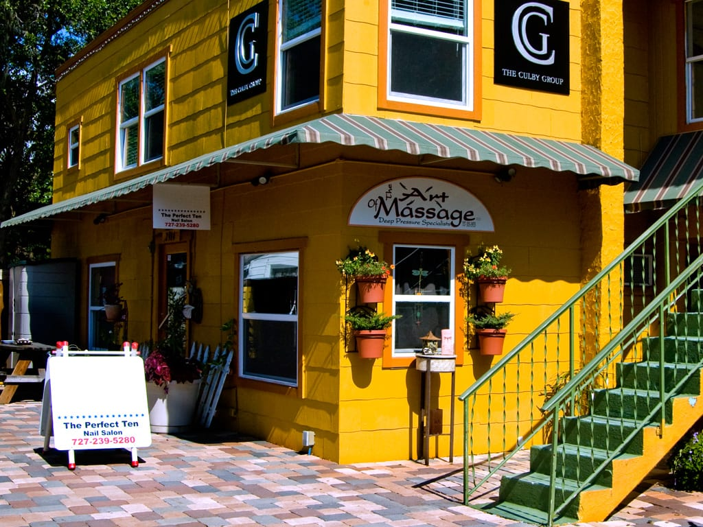 Gulfport shopping and dining